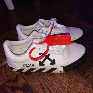 off white virgil abloh vulcanized chuck taylors
